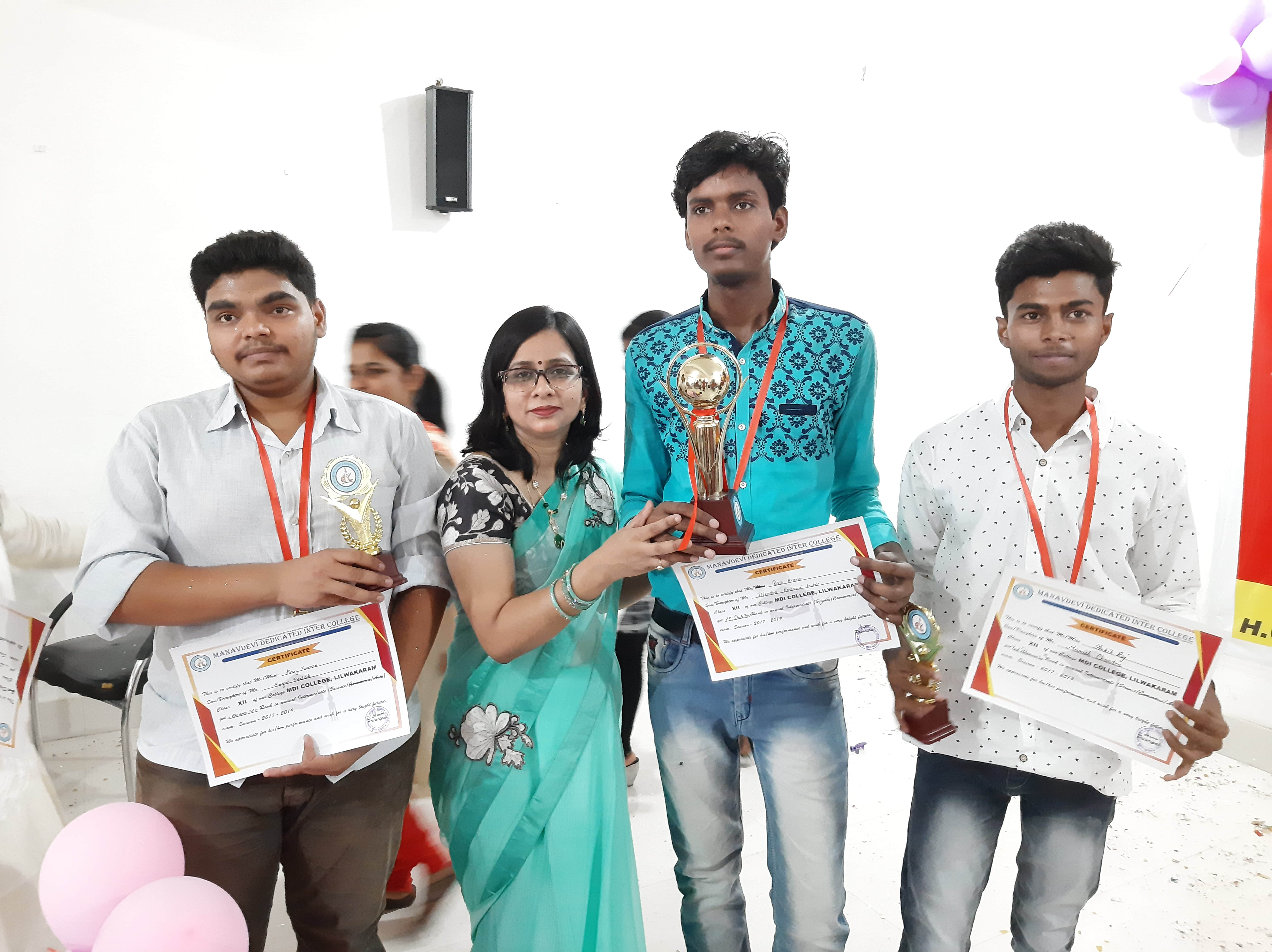 Raju Kumar, Anuj and Ankit (Toppers of the College)